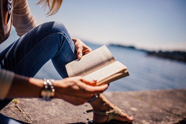 Top 10 - Cele mai căutate cărți din România